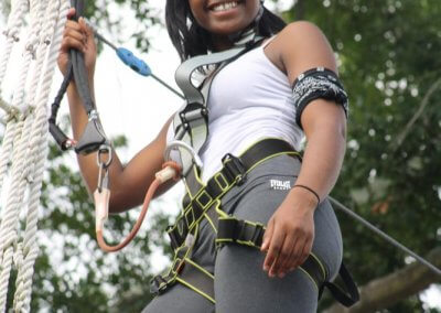 teen having fun in charleston at wild blue ropes